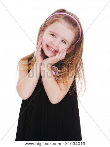 Look adorable little girl.