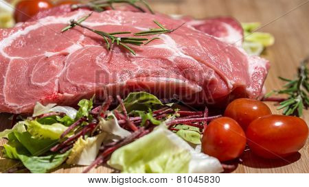 Raw M eat