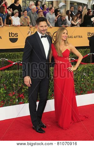 LOS ANGELES - JAN 25:  Joe Manganiello, Sofia Vergara at the 2015 Screen Actor Guild Awards at the Shrine Auditorium on January 25, 2015 in Los Angeles, CA