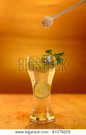Fresh Honey With Lemon