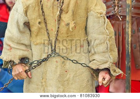 Handcuff Prisoner