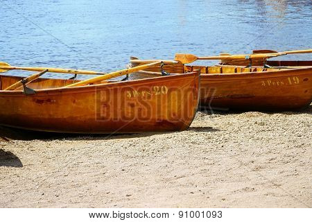 Rowing Boats For Rent