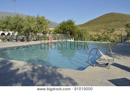 Pool With Views To The Mountain