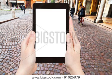Tourist Photographs Of Street In Modena, Italy