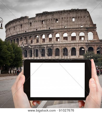 Tourist Photographs Of Coliseum In Rome