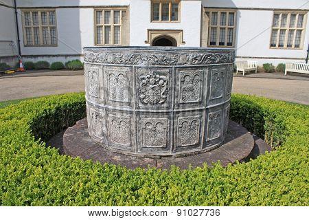 Lead Water Cistern