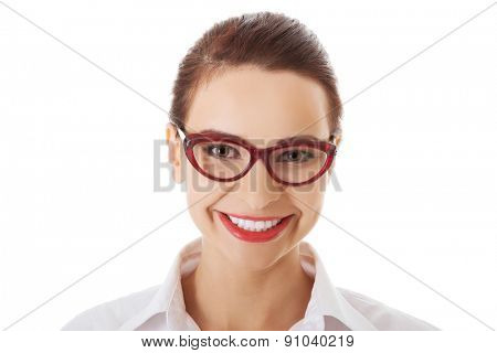 Portrait of young confident smiling businesswoman in eyewear