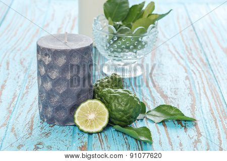 Candle Bergamot Kaffir Lime Leaves Herb Blue Wood Teak