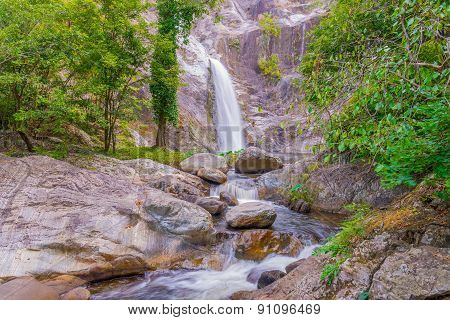 Waterfall In Deep Rain Forest Jungle. (mae Re Wa Waterfalls Mokoju, Thailand)