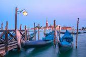 image of gondola  - venice gondola on evening time - JPG