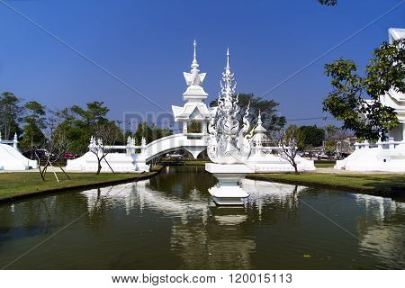 White Temple Bridge, Chiang Rai Thailand
