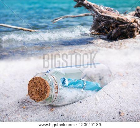Message In A Bottles, Flotsam
