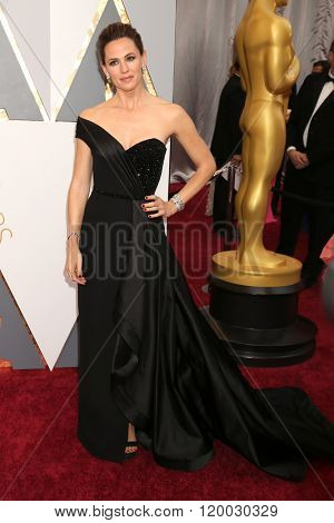 LOS ANGELES - FEB 28:  Jennifer Garner at the 88th Annual Academy Awards - Arrivals at the Dolby Theater on February 28, 2016 in Los Angeles, CA