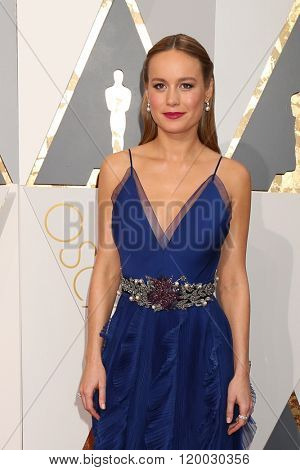 LOS ANGELES - FEB 28:  Brie Larson at the 88th Annual Academy Awards - Arrivals at the Dolby Theater on February 28, 2016 in Los Angeles, CA