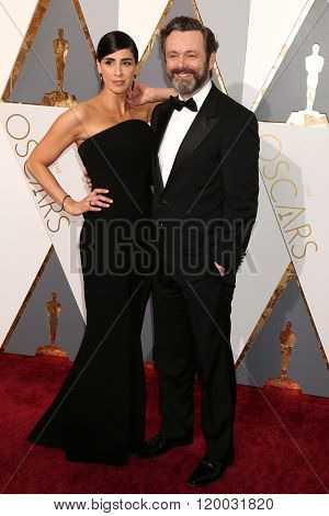 LOS ANGELES - FEB 28:  Sarah Silverman, Michael Sheen at the 88th Annual Academy Awards - Arrivals at the Dolby Theater on February 28, 2016 in Los Angeles, CA