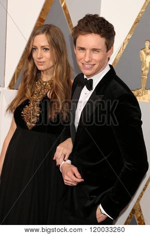 LOS ANGELES - FEB 28:  Hannah Redmayne, Eddie Redmayne at the 88th Annual Academy Awards - Arrivals at the Dolby Theater on February 28, 2016 in Los Angeles, CA
