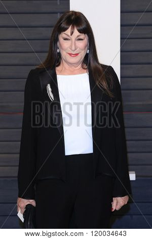 BEVERLY HILLS - FEB 28: Anjelica Huston at the 2016 Vanity Fair Oscar Party on February 28, 2016 in Beverly Hills, California
