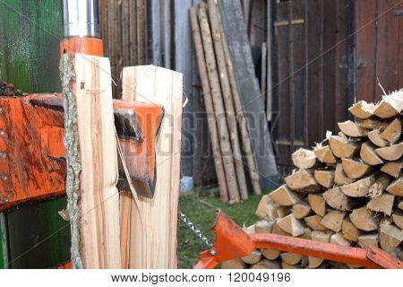 Log Splitter In Use