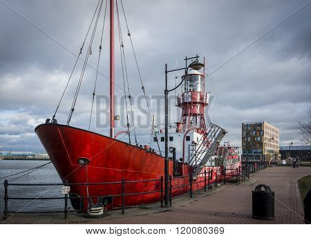 CARDIFF, WALES, 21 JANUARY 2015 - Mast of the Goleulong 2000 lightship in Cardiff Bay Wales UK