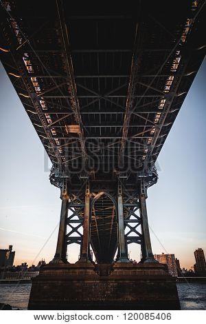 Manhattan Bridge Underbelly
