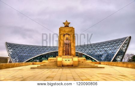 Memorial to Hazi Aslanov and station of funicular in Baku