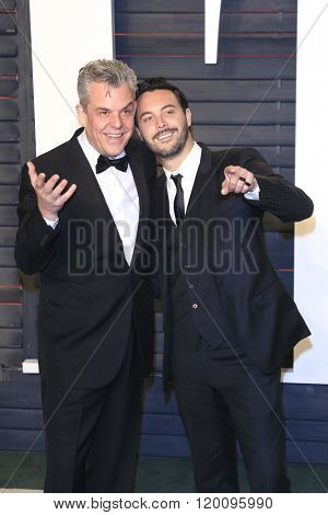 BEVERLY HILLS - FEB 28: Danny Huston, Jack Huston at the 2016 Vanity Fair Oscar Party on February 28, 2016 in Beverly Hills, California