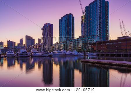 Docklands High Rise Residential Buildings And Yachts