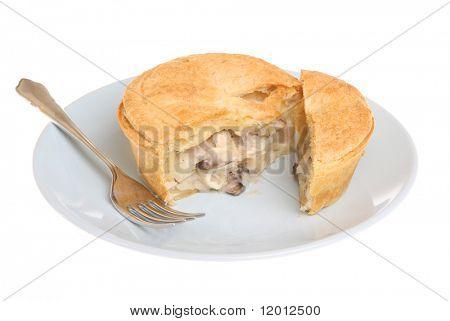 Individual chicken & mushroom pie