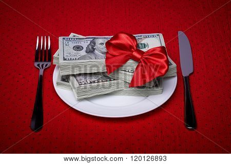 Money, Bow And Cutlery