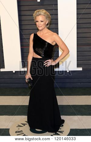 LOS ANGELES - FEB 28:  Megyn Kelly at the 2016 Vanity Fair Oscar Party at the Wallis Annenberg Center for the Performing Arts on February 28, 2016 in Beverly Hills, CA