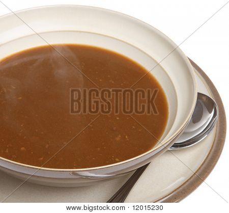 Sopa de rabo de boi com vapor subindo