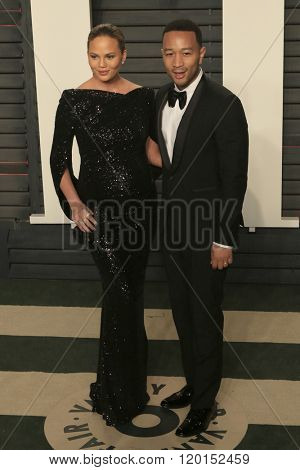 LOS ANGELES - FEB 28:  Chrissy Teigen, John Legend at the 2016 Vanity Fair Oscar Party at the Wallis Annenberg Center for the Performing Arts on February 28, 2016 in Beverly Hills, CA
