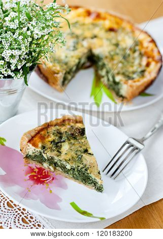 Cake with spinach and feta cheese