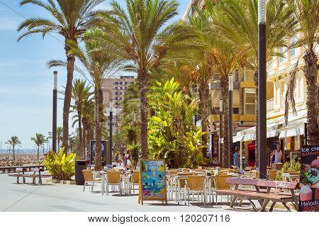 Coastal Pedestrian Street Av De Los Marineros, Torrevieja
