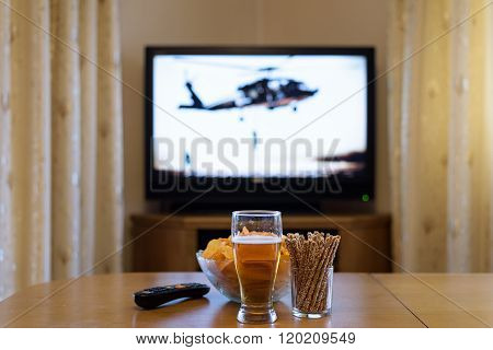 Setup Of Tv (television) And Snacks In Home
