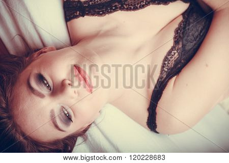 Sensual Young Woman In Lingerie In Bed.