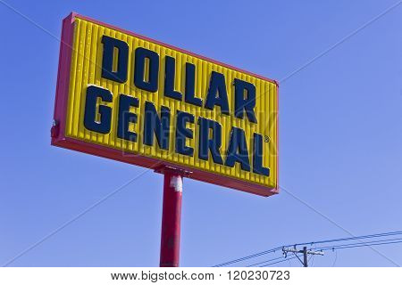 Indianapolis - Circa March 2016: Dollar General Retail Location III