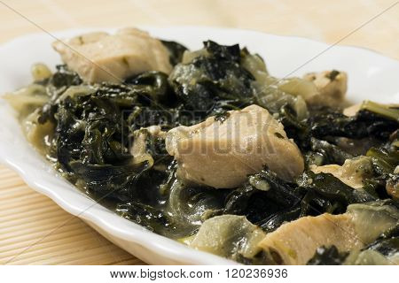 Chicken With Mangold And Spinach