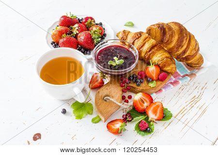 Breakfast - croissants with berries