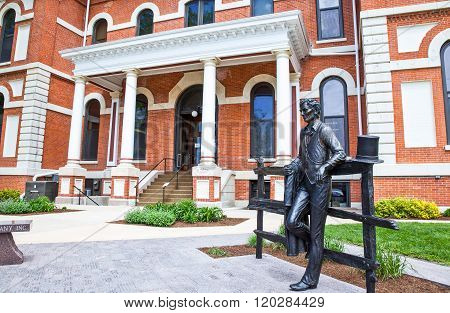 Pontiac, U.S.A. - May 17, 2011: Illinois, Route 66, an Abraham Lincoln statue at the entrance of the Court House.