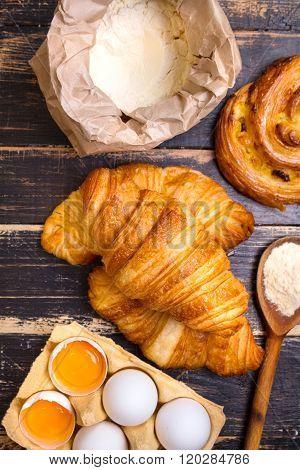 Croissants, Raisin Snail, Flour, Eggs, Spoon