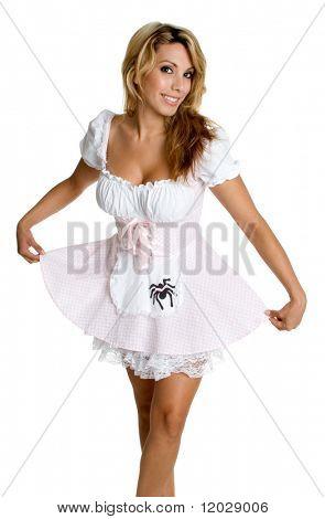 Menina do traje de Halloween