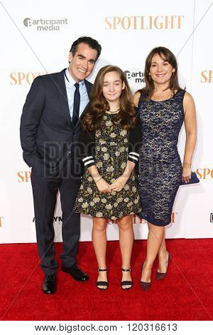 NEW YORK-OCT 27: (L-R) Actor Brian d'Arcy James, Grace d'Arcy James and Jennifer Prescott attend the 'Spotlight' New York premiere at Ziegfeld Theatre on October 27, 2015 in New York City.