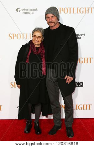 NEW YORK-OCT 27: Heather Schreiber and Liev Schreiber attend the 'Spotlight' New York premiere at Ziegfeld Theatre on October 27, 2015 in New York City.