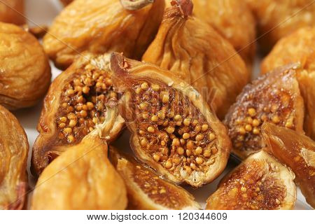 detail of sun dried figs