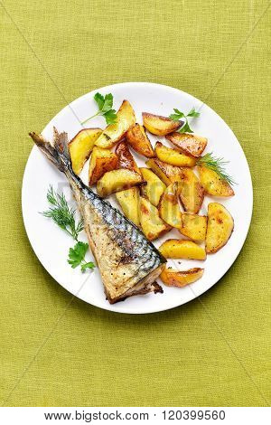 Roasted Potato Wedges And Mackerel Fish