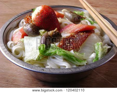 Fine Dining Chinese Rice Flat Noodles