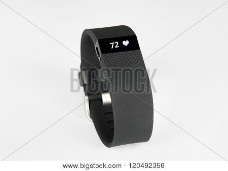 Sports Activity Tracker Wristband with Simulated Heart Rate