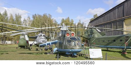 ?i-24A- Combat Transport Helicopter(1970)
