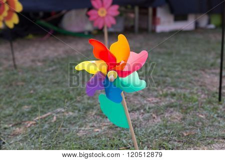 Colorful Propeller Pinwheel Toy For Kid